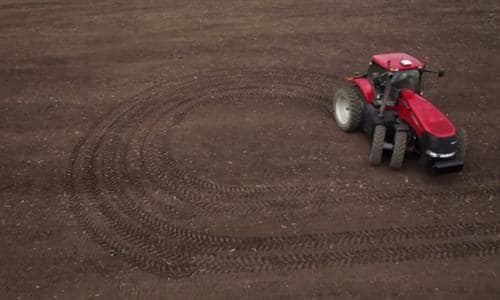 No Other Row-Crop Tractor Gives You a Better Turning Radius