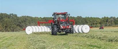//assets.cnhindustrial.com/caseih/NAFTA/NAFTAASSETS/Products/Tractors/Maxxum-Series/Images/Maxxum%20115%20and%20WR401_1937_10-17.jpeg?width=410&height=171