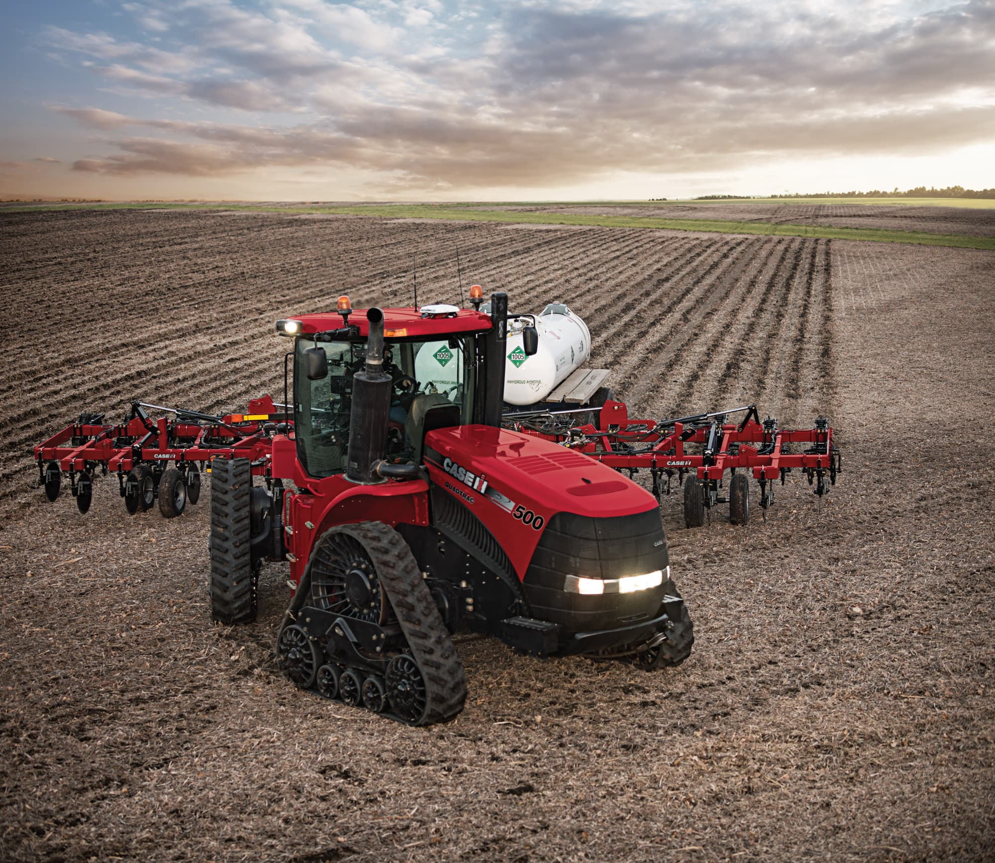 Steiger 500   Quadtrac & Rowtrac Scraper Tractor   Case IH