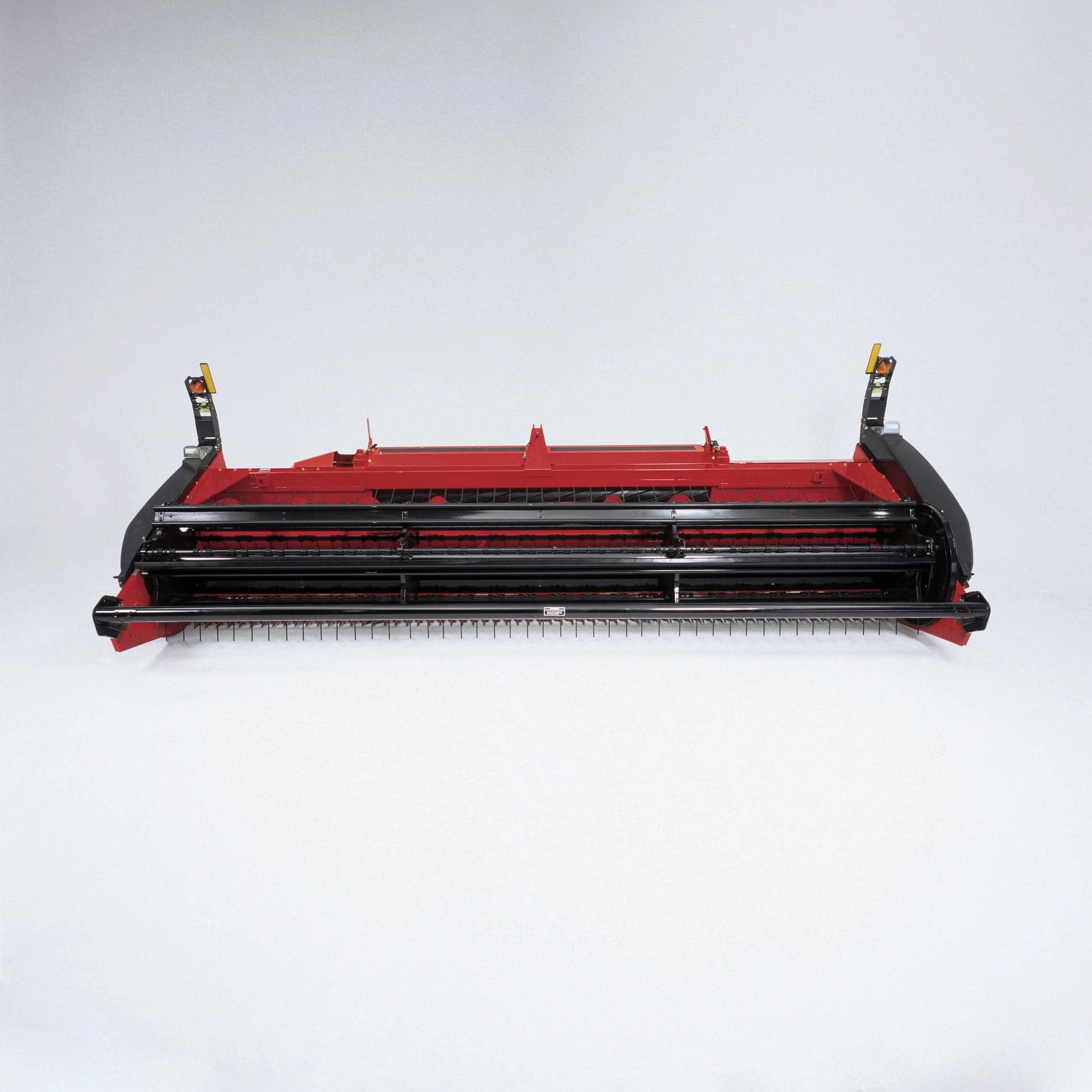 HDX142 Sickle Bar Headers | Hay Mower & Swather | Case IH