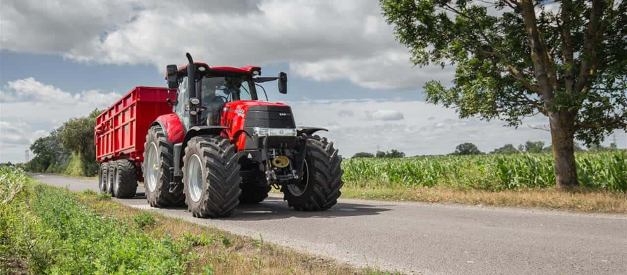 New Case IH Advanced Trailer Brake System improves tractor stability and safety
