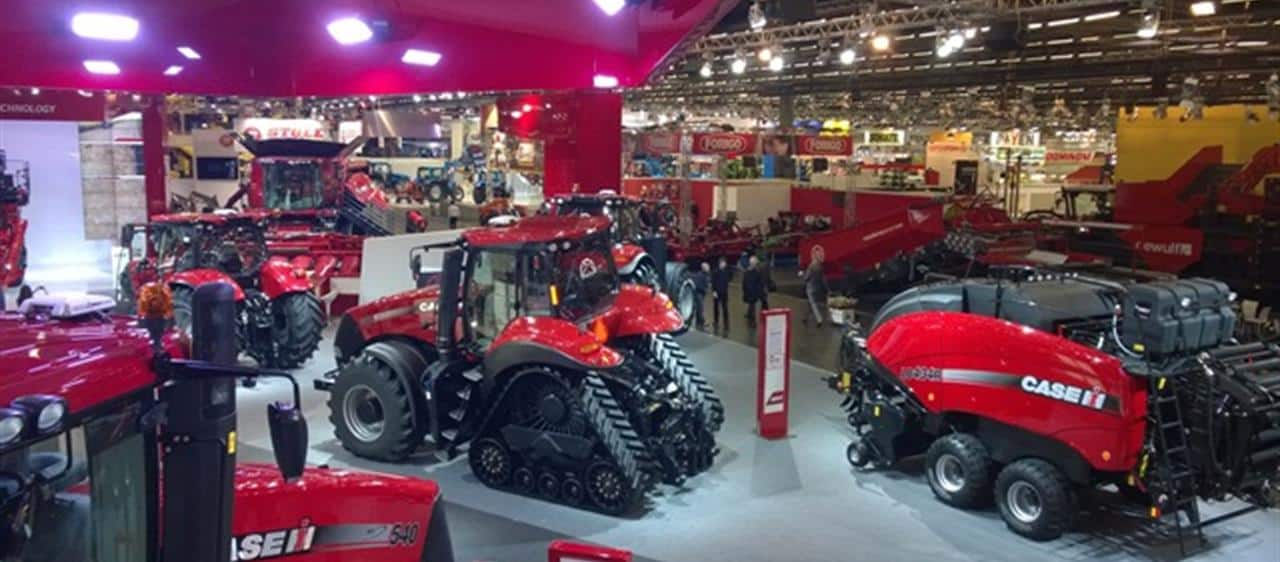 Case IH presents the first 2015 innovations at SIMA in Paris
