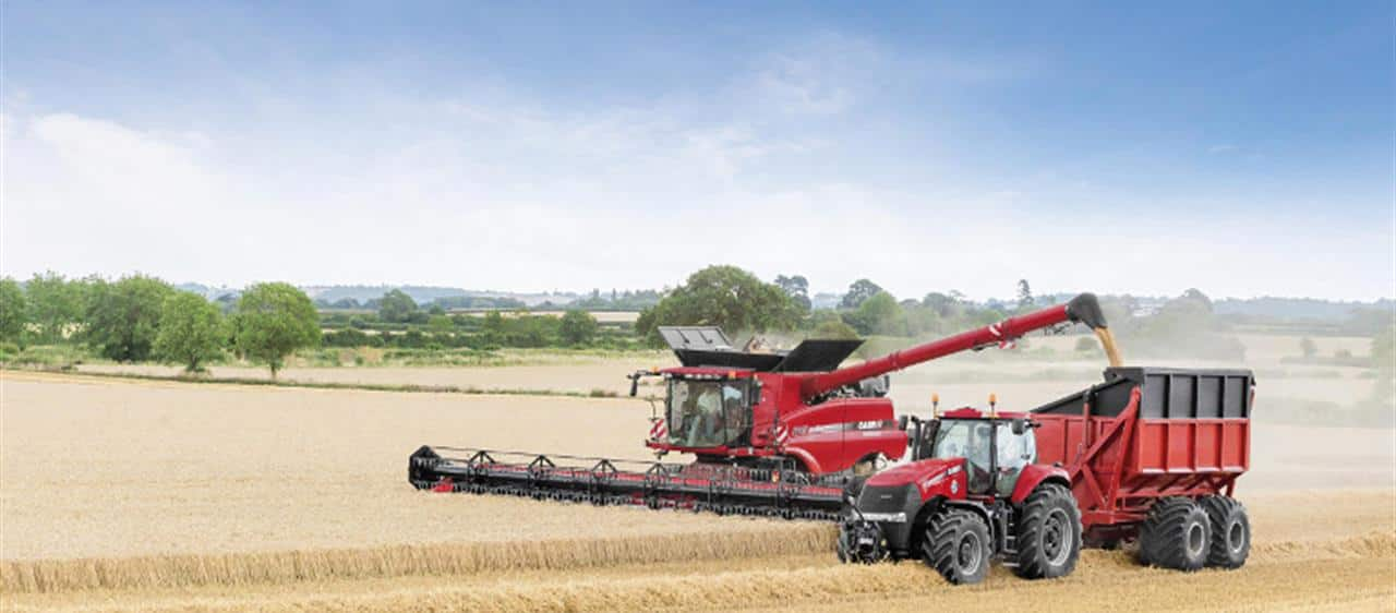 New Case IH Axial-Flow<sup>®</sup> 240 combines: Top-range harvesting technology
