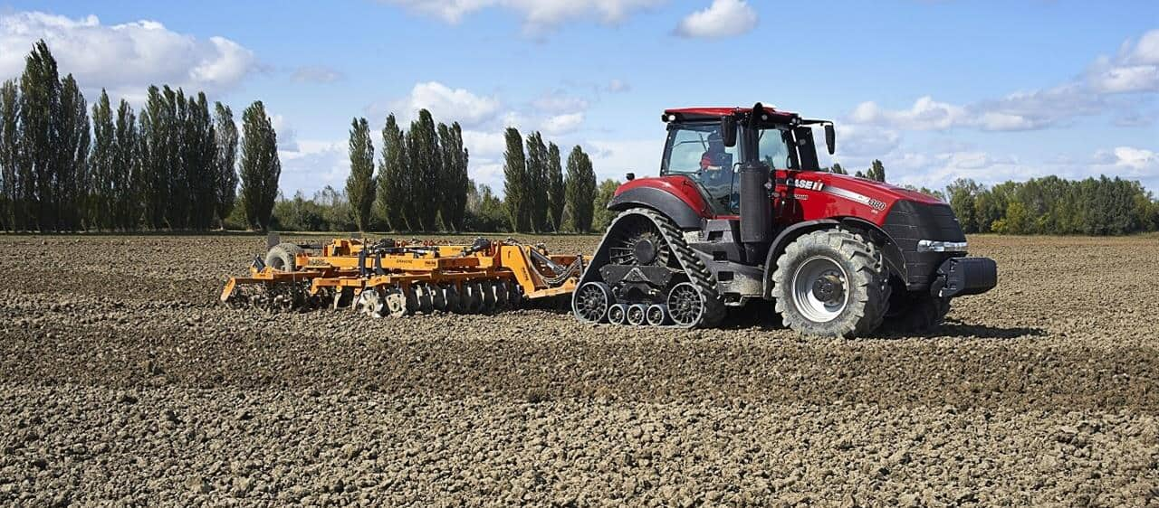Case IH Magnum Rowtrac - innovative concept for maximum performance and efficient soil protection