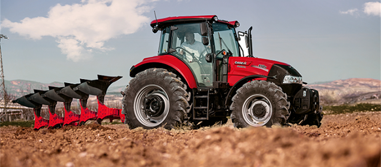 Farmall M - Power take-off makes light of heavy-duty work