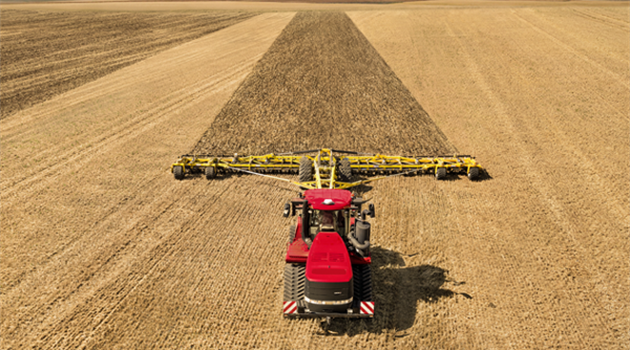 Quadtrac / Steiger AFS Connect™ series_HYDRAULIC & HITCHES