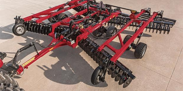 Case IH Introduces the True-Tandem 335 VT for Rugged Durability in the Toughest Conditions