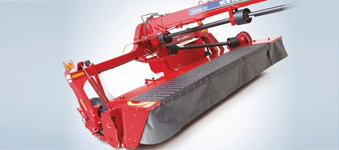 discbine-center-pivot-disc-mower-conditioners-closer-cutting-faster-drydown.jpg