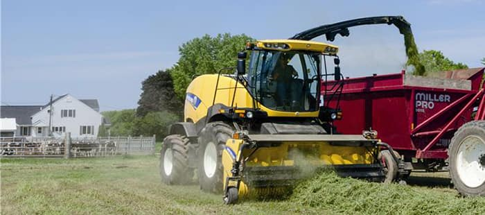 forage-headers-grass-pickups-02.jpg