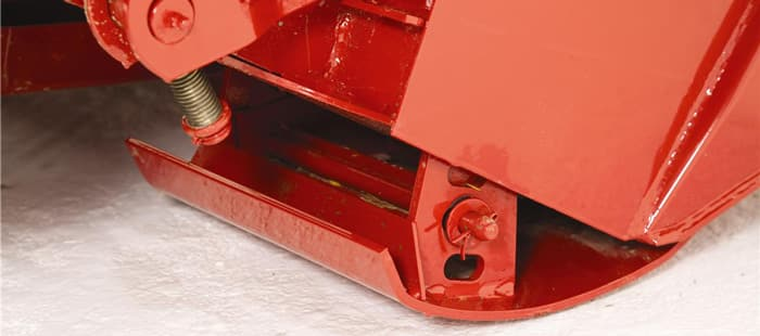 hybine-disc-mowers-cutterbar-03.jpg