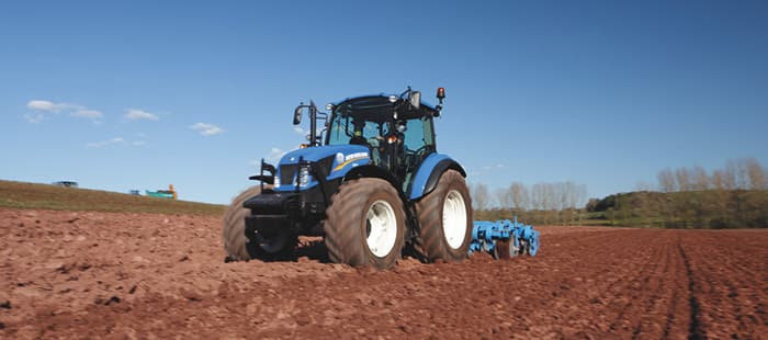 t4-dual-command-power-compact-dimensions-perfect-for-your-farm.jpg
