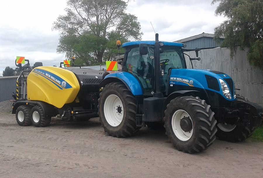 CONTRACTOR SAYES LATEST NEW HOLLAND COMBI DELIVERS BIG PRODUCTIVITY ...