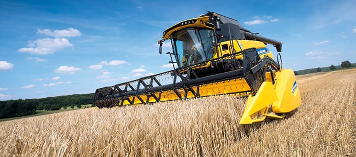 new-holland-cr-combine-harvesters-gain-in-power-and-efficiency-with-tier-4b-technology-01.jpg