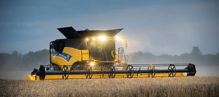 new-holland-cr-combine-harvesters-gain-in-power-and-efficiency-with-tier-4b-technology-05.jpg