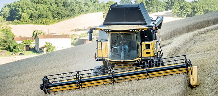 New Holland flagship combines deliver even higher capacity with new Everest and Dual Stream systems