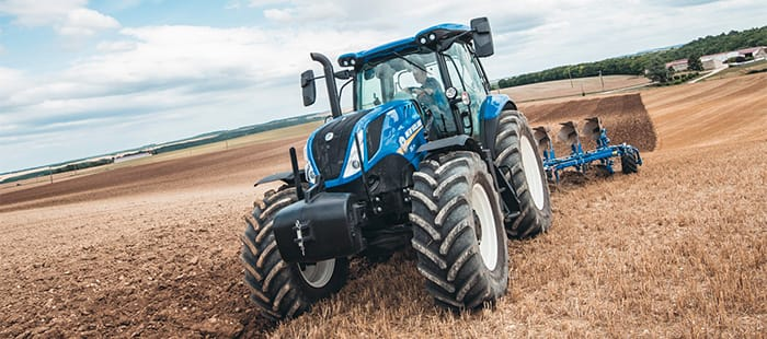 new-holland-agriculture-t6-6-cylinders