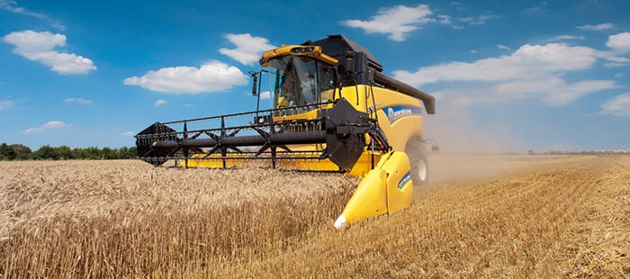 cx5000-cx6000-elevation-a-combine-for-every-field-02.jpg
