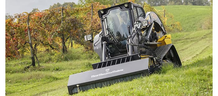 the-range-300-series-skid-steer-01a