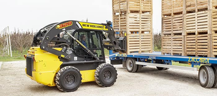 the-range-300-series-skid-steer-01b