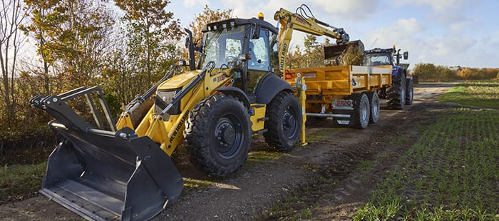 backhoe-loaders-right-for-your-needs