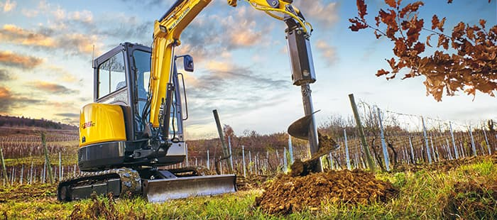 mini-crawler-excavators-the-right-tool-for-the-job
