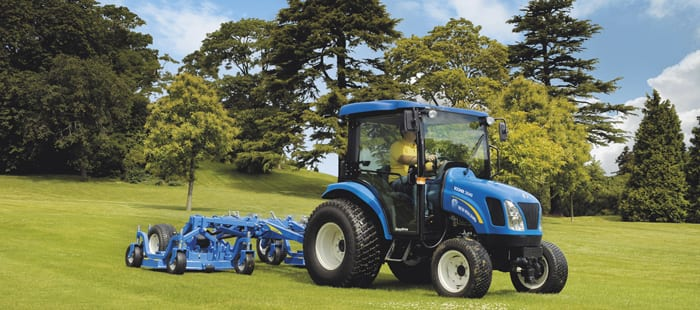 boomer3000-new-holland-boomer-compact-tractor-series.jpg