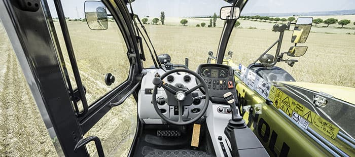 th-telehandlers-superior-visibility-and-comfort