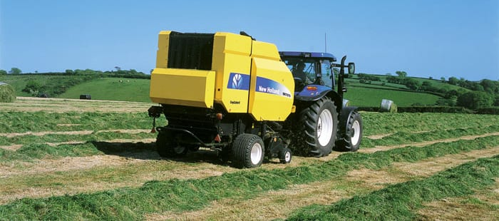 br7000-high-volume-consistent-crop-feeding-02a.jpg