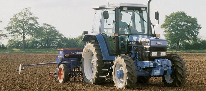 100-years-new-holland-agriculture-01.jpg