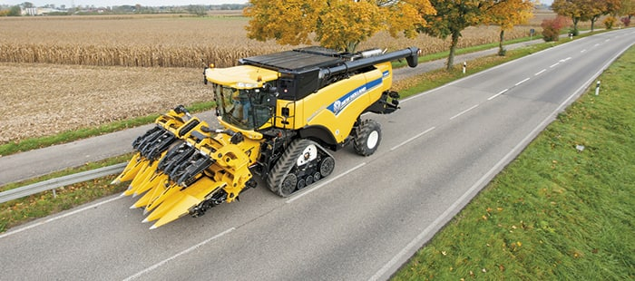 cx7000-cx8000-elevation-maize-headers-05.jpg