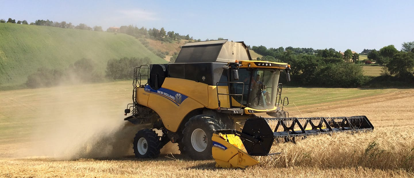 New Holland Agrilevante 2017
