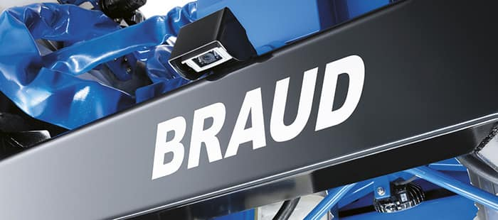 braud-9000m-controls-and-monitors-02.jpg