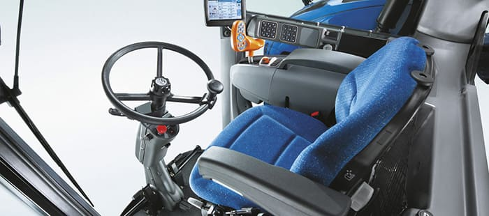 braud-9000l-cab-and-comfort-02.jpg