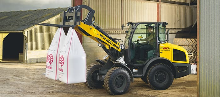 compact-wheel-loaders-maximum-versatility