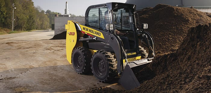 skid-steer-loaders-unparalleled-pushing-power