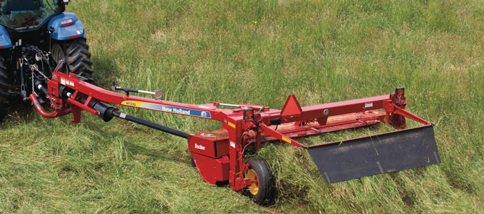 h7000-discbine-disc-mower-conditioner-the-tougher-the-conditions-the-better-it-performs-01.jpg