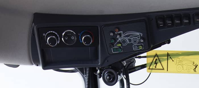 cab-and-controls-fr-forage-cruise-02.jpg