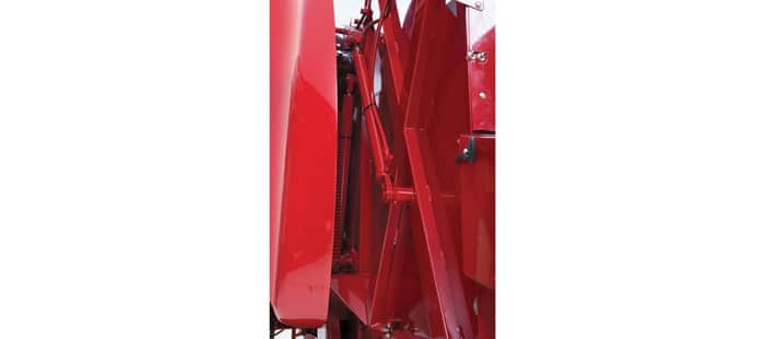 roll-belt-round-balers-4x5-450-and-4x6-460-13.jpg