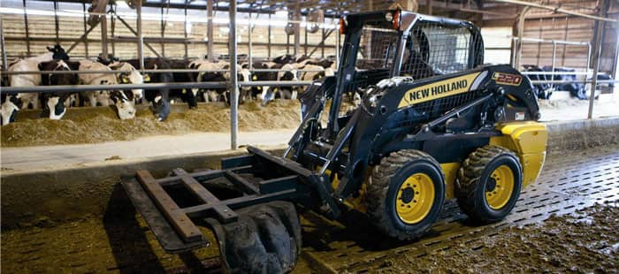 skid-steer-loaders-the-versatility-to-handle-lots-of-jobs-02.jpg
