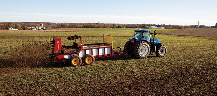 hydrabox-spreaders-spread-as-wide-as-30-feet.jpg