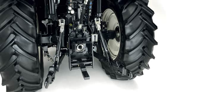 t6-tier-4b-hydraulics-and-3-point-hitch-02.jpg